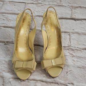 Enzo Angiolini  Ivory Bow top Slingback heels 8.5M